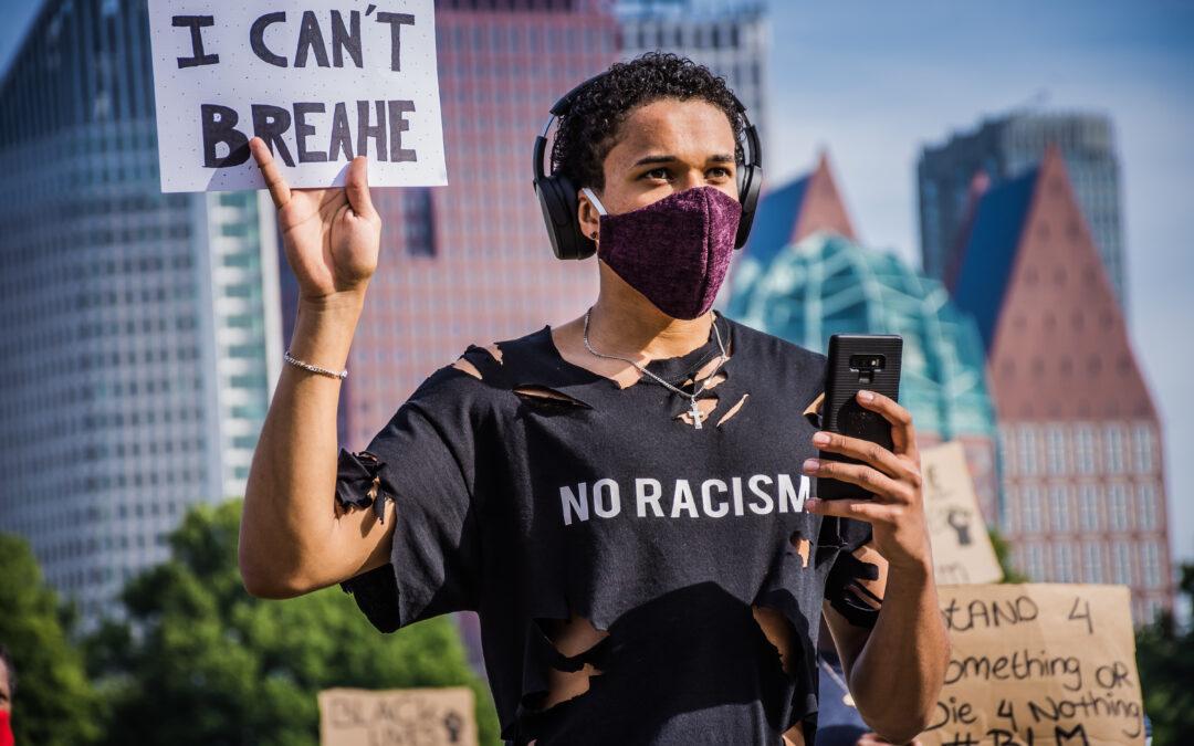 Anti-racismedemonstratie in Rotterdam vroegtijdig beëindigd door grote drukte