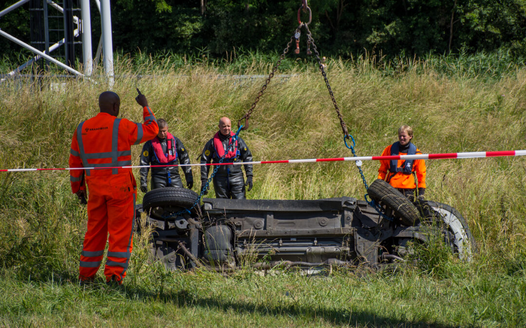 Auto met overleden inzittende gevonden langs A12 in Zoetermeer