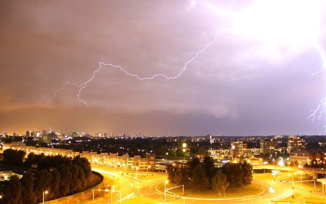 KNMI waarschuwt voor onweer en hagel in zuidelijke provincies