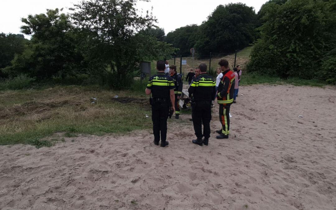 Kampvuur geblust door buurtbewoners Plaswijckweg Gouda
