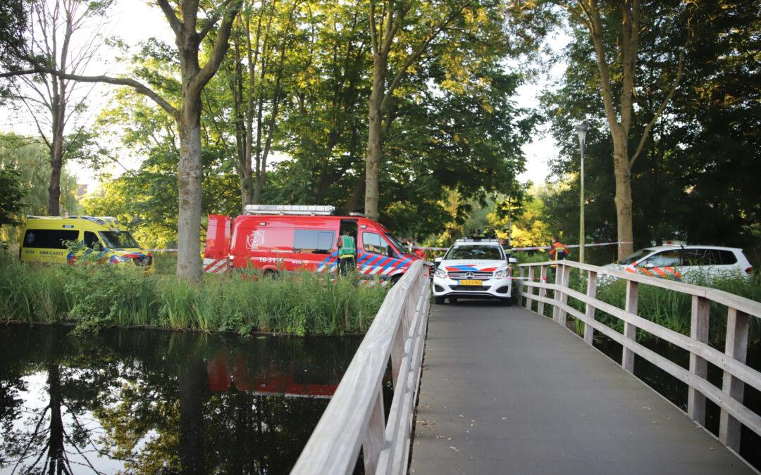 Overleden persoon aangetroffen in het water Slotemaker de Bruinestraat Gouda