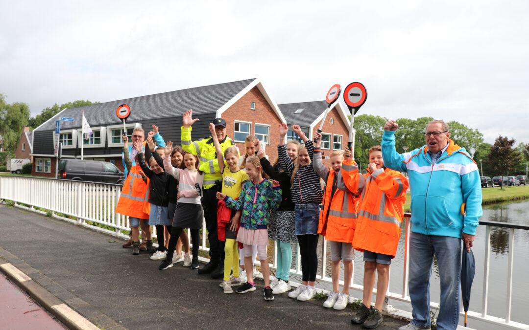 Verkeersbrigadiers geslaagd Burgemeester Aalberslaan Krimpen aan den IJssel