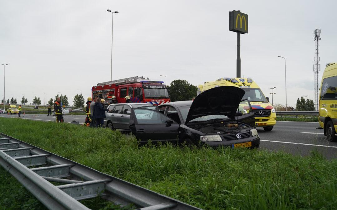 Snelweg afgesloten na ongeval Rijksweg A20 Moordrecht
