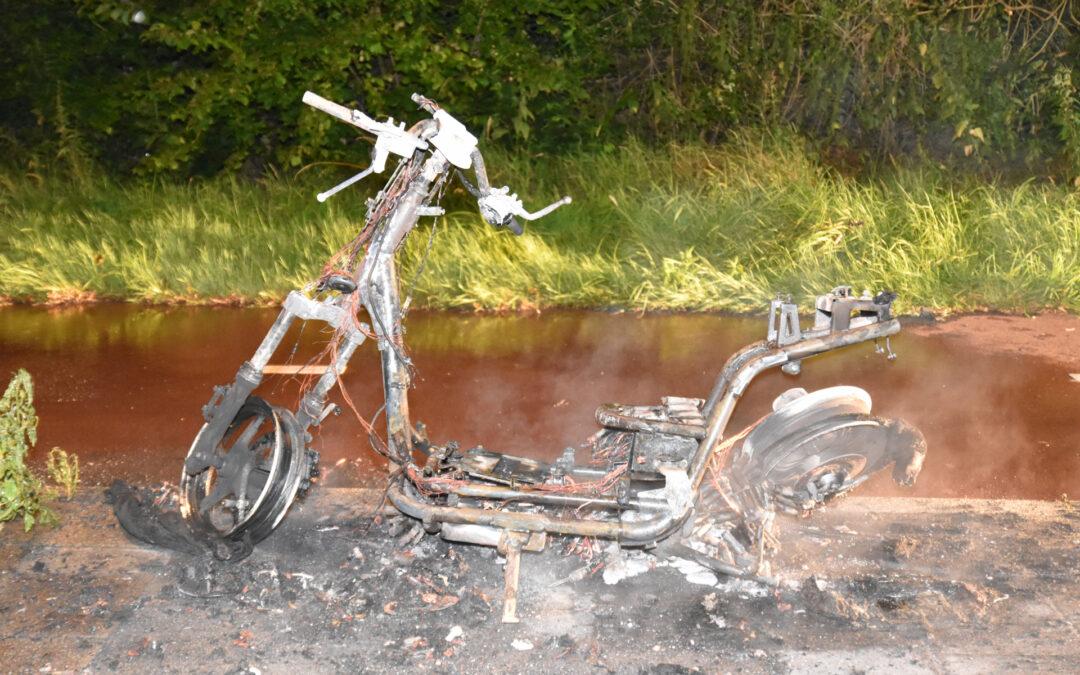 Felyx snorscooter verwoest door brand Geelkruid Rotterdam
