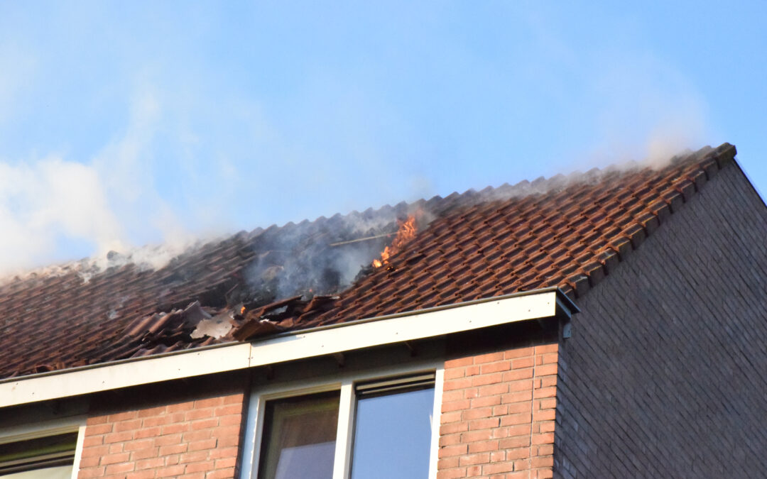 Veel rook bij brand in woning Rigoletto Capelle aan den IJssel
