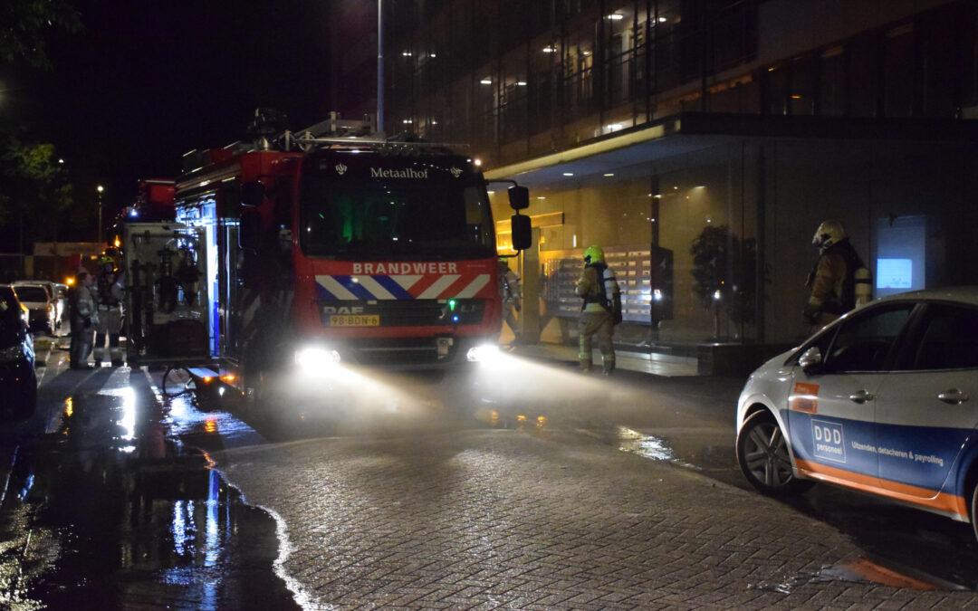 Stroomuitval na brand in kelderboxen Palladiostraat Rotterdam
