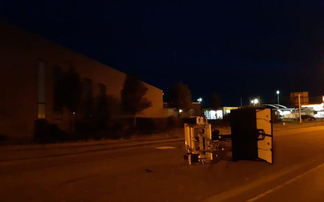 Politie Goeree Overflakkee druk met vernielingen en bezopen jongeren