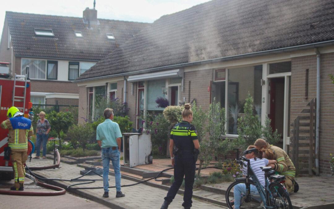 Kat gered uit woning bij keukenbrand Tochtweistraat Oudenhoorn
