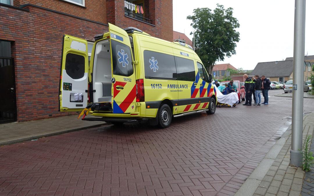 Fietsster gewond bij aanrijding met auto Herenstraat Gouda
