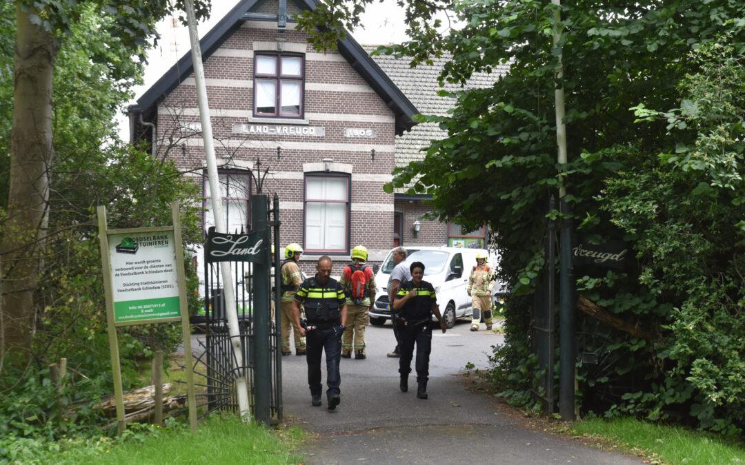 Brandweer onderzoekt gaslek Sweelincksingel Schiedam