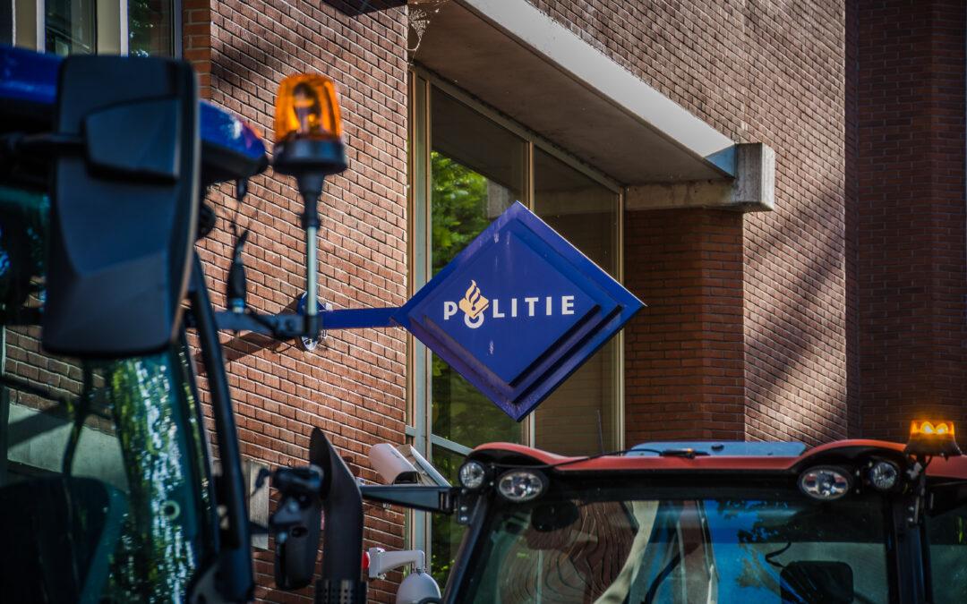 Boeren doen in meerdere plaatsen aangifte tegen minister Schouten