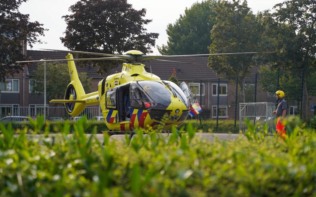 Traumahelikopter geland voor gewonde man na ongeval Burgemeester Schalijlaan Capelle aan den IJssel
