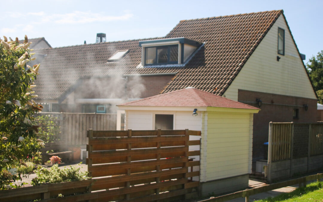 Bewoner blust brand in schuur Molenhoek Zuidland
