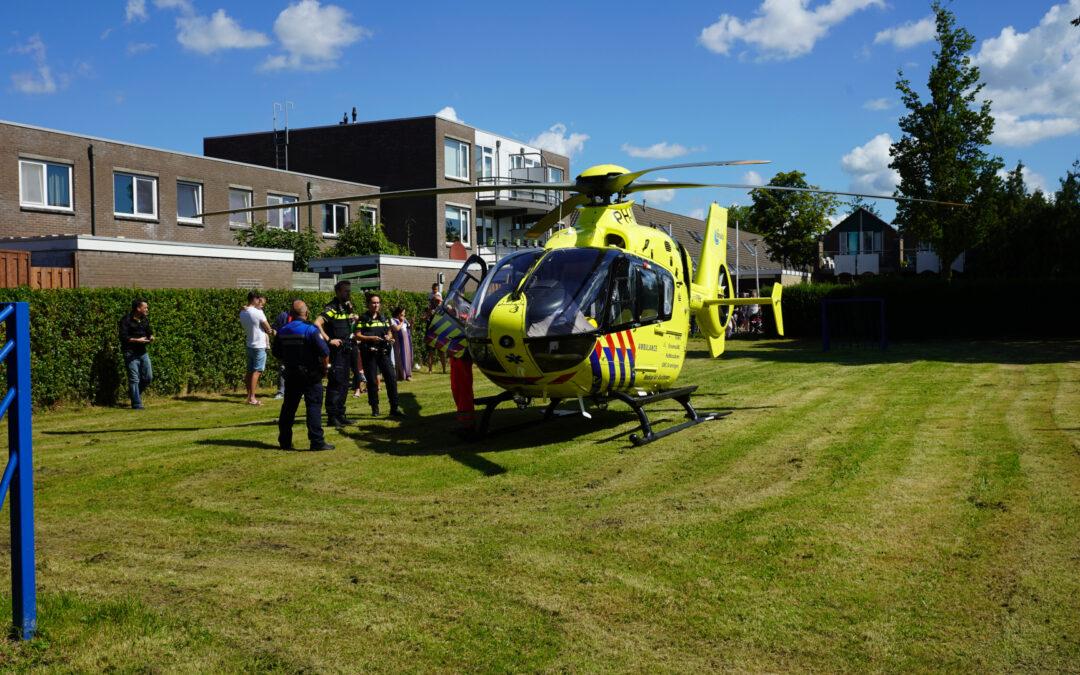Traumahelikopter landt voor incident bij woning Vossiusstraat Gouda
