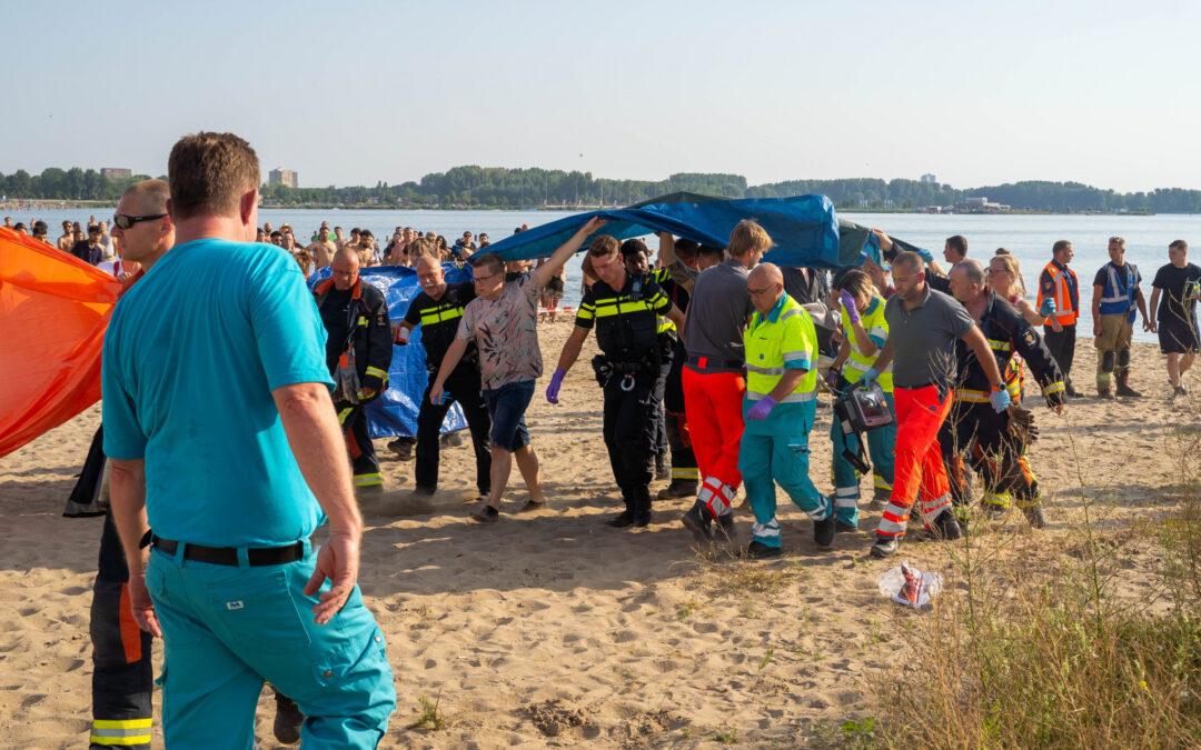 Kind van 7 jaar levenloos uit het water gehaald Siciliëboulevard Rotterdam