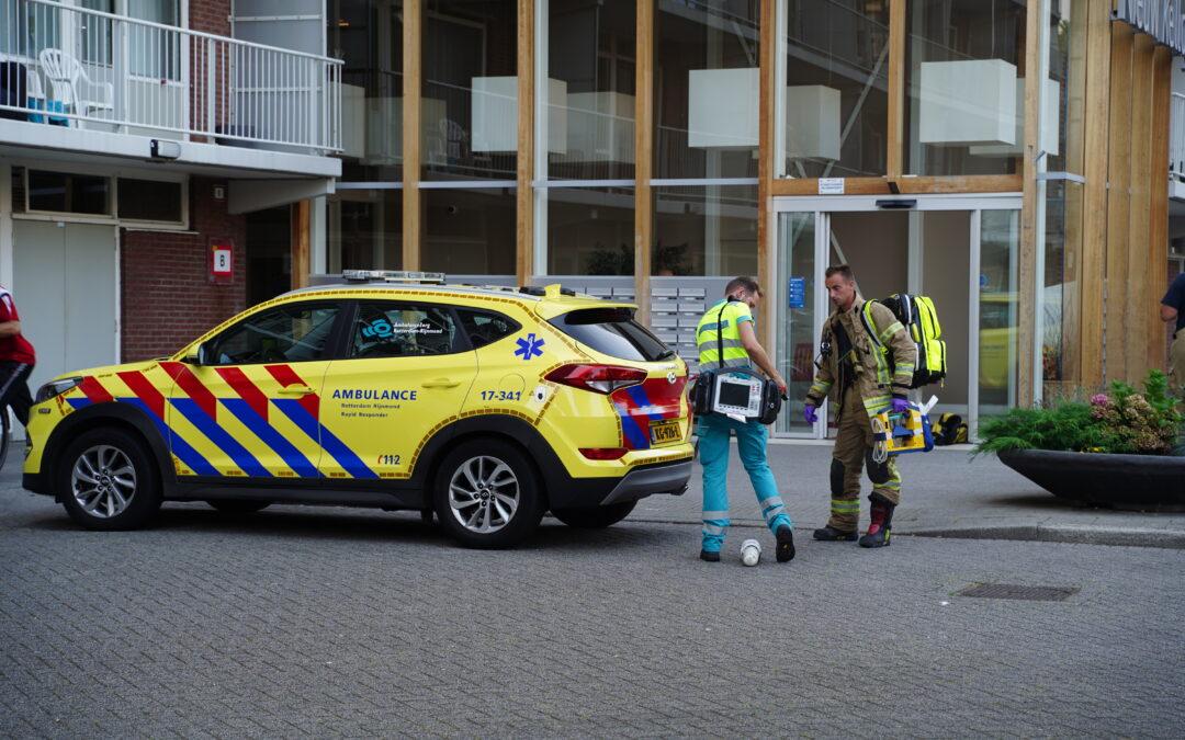 Brandweer vindt overleden vrouw na alarmering van rookmelder Kellogplaats in Rotterdam