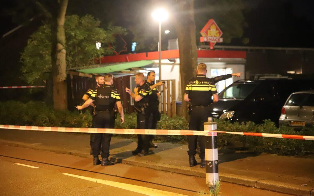 Twee daders voortvluchtig na gewapende overval op snackbar in Gouda